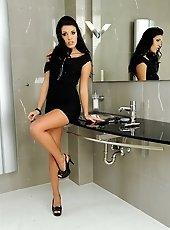 Brunette Serilla Lamante masturbating in bathroom